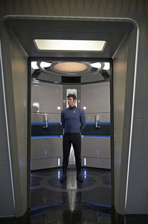 'Star Trek: Discovery' Reveals Ethan Peck's Spock Without