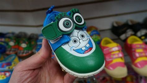 38 Hilariously Cheap Bootleg Products That Will Make You